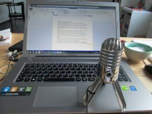 Mikrofon und Spracherkennungs-Software für die Promotion. Mit Mikrofon und Spracherkennungs-Software arbeiten. Dissertation schreiben Promotionscoaching